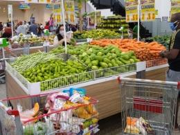 Preços dos alimentos disparam e inflação de novembro é a maior em cinco anos