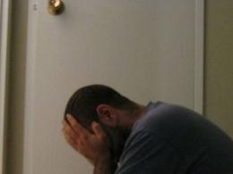 Crise afeta saúde mental e eleva número de pedidos de afastamento do trabalho