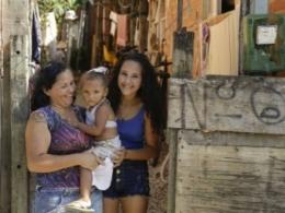 Com a crise, pobres ficam ainda mais pobres no Brasil, mostra pesquisa do IBGE